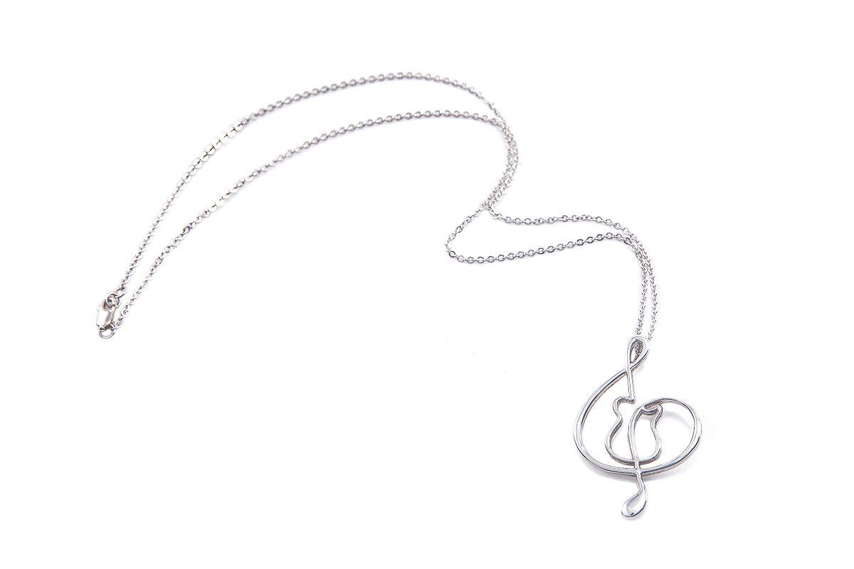 ladies chain pendant