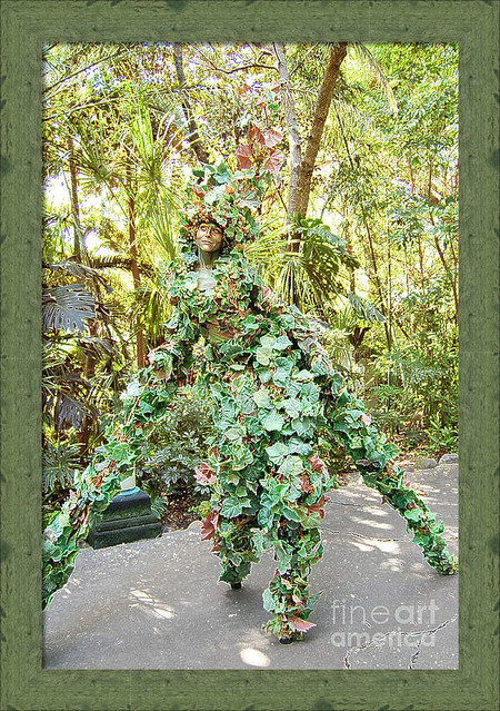 Camouflaged Tree Street Performer-