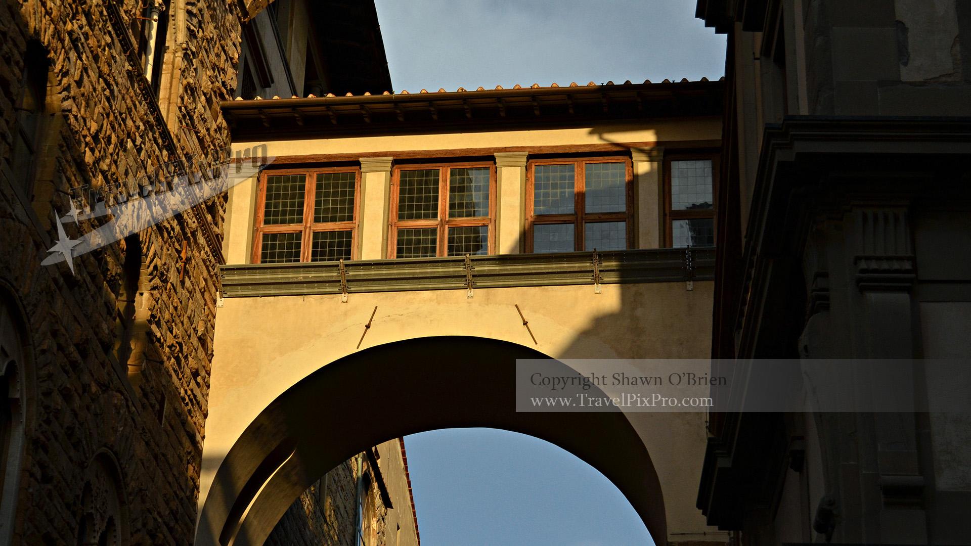 Palazzo Vecchio Elevated Walkway