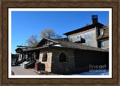 El Tovar Historic Hotel In Grand Canyon Village