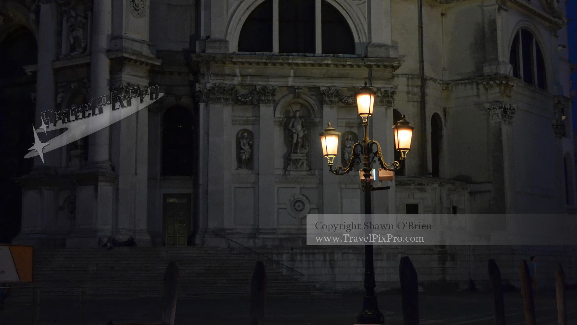 Night on Santa Maria della Salute
