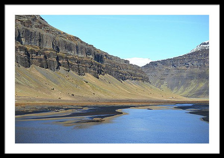 scenic-iceland-river-valley-set-between-
