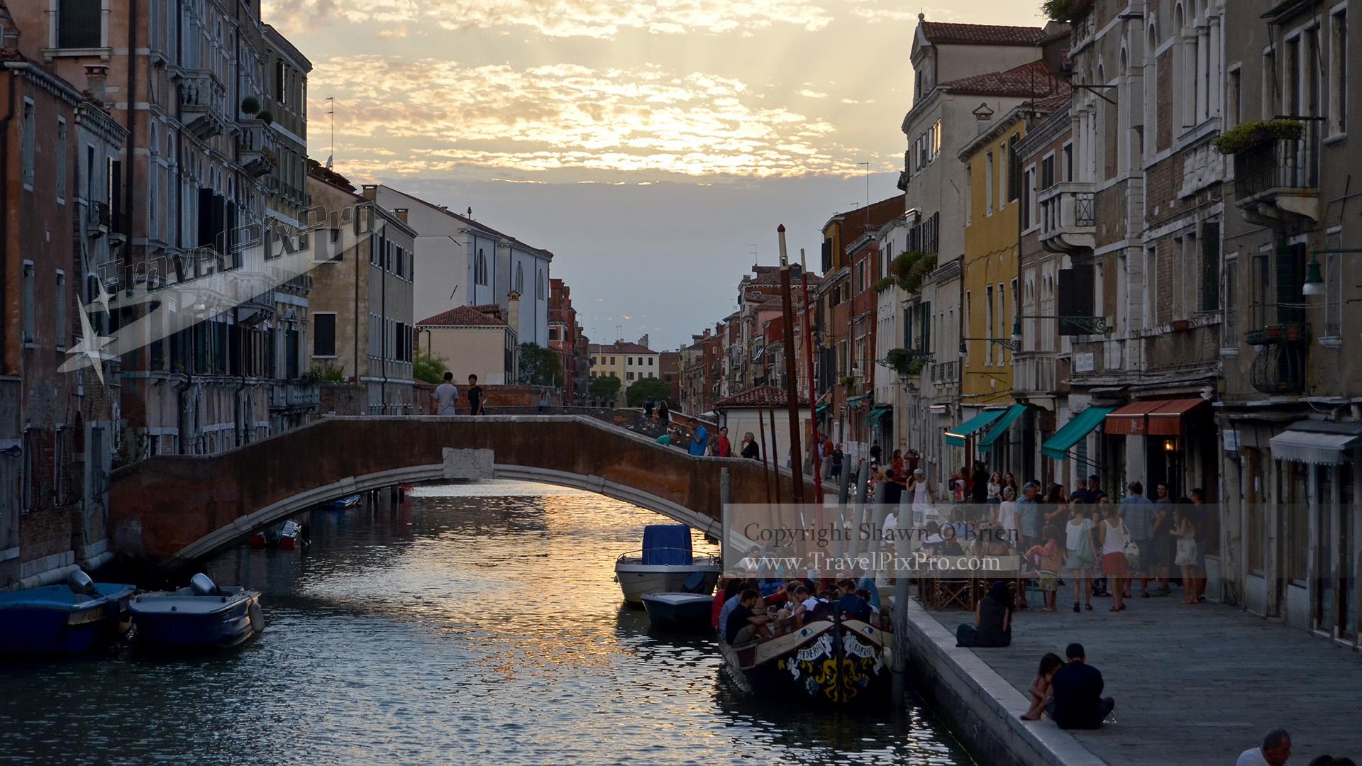 Evening in Cannaregio Venice