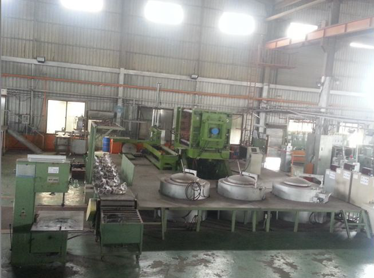 -Large Gravity Casting (Sole source of largest available tilt-bed in Taiwan) Capable casting size Max: -1400*900*450mm Capable casting weight: est. 50kgs Max-13x Tilt bed gravity die casting stations -13x Tilt bed gravity die casting stations