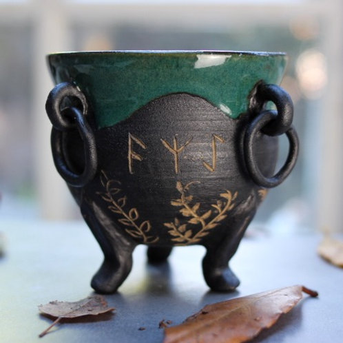 Rune Cauldron Planter
