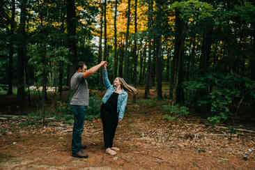 Caroleanne Marie Photography_Couple and Engagement Photography Portfolio_33.jpg
