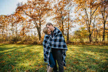 Caroleanne Marie Photography_Couple and Engagement Photography Portfolio_46.jpg