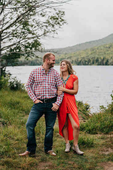 Caroleanne Marie Photography_Couple and Engagement Photography Portfolio_50.jpg