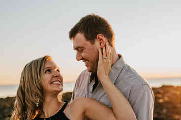 Caroleanne Marie Photography_Couple and Engagement Photography Portfolio_16.jpg