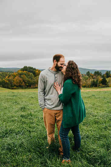 Caroleanne Marie Photography_Couple and Engagement Photography Portfolio_4.jpg