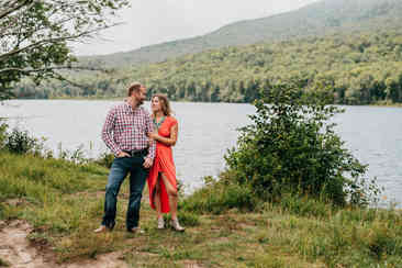 Caroleanne Marie Photography_Couple and Engagement Photography Portfolio_12.jpg
