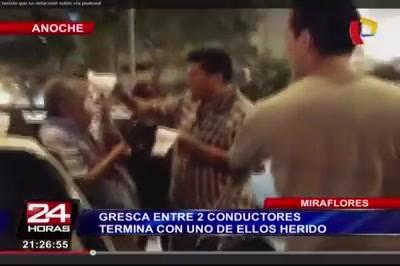Le Rompen La Nariz a Taxista por Detenerse en Paso de Cebra