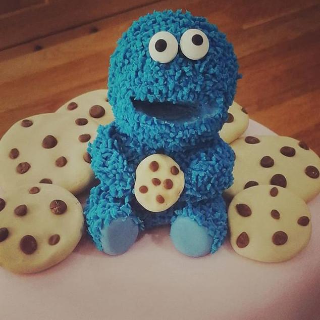 Cookie Monster Cake!  #cookiemonster #se