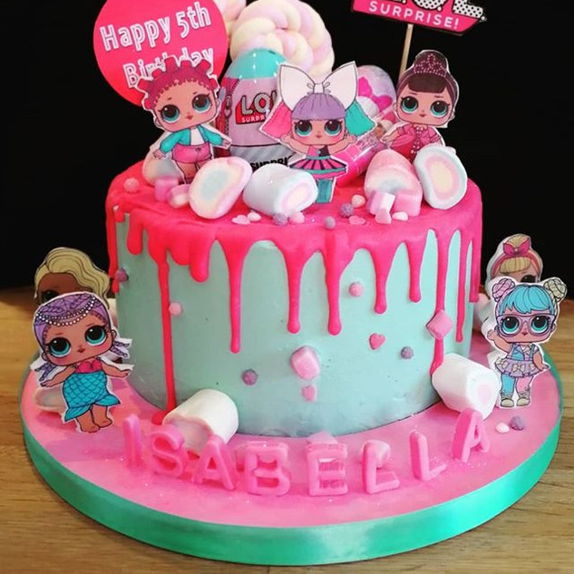 #LOL cake!! Covered in plenty of sweet t