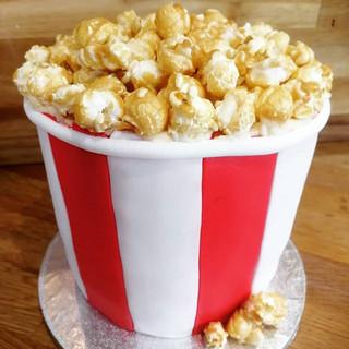 Anyone for popcorn.... Cake! #popcorncak