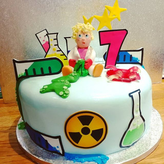 Crazy Scientist Cake! #sciencecake #scie