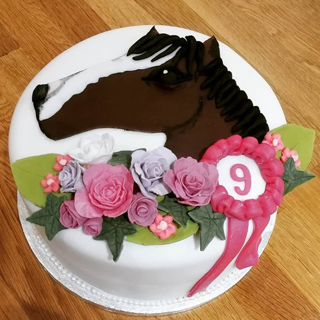 A pretty pony cake perfect for a little