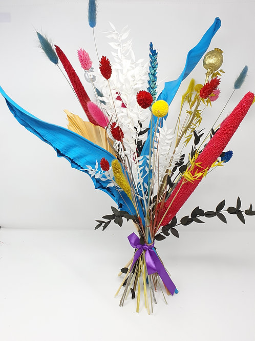 """Azul Brillante"" Dried Flower Bunch"