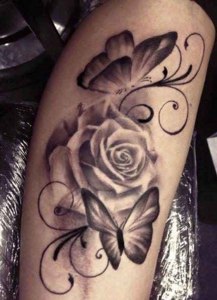 Rose mit Schmetterling