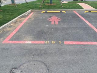 В Китае облегчили процесс парковки для женщин!