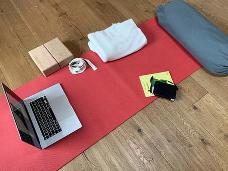 Ha senso fare lezione online di yoga? e perché?