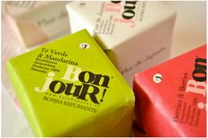 Packaging Bomba Schiuma, BonJour