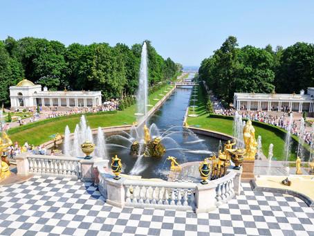 Fermeture de la saison des fontaines à Peterhof