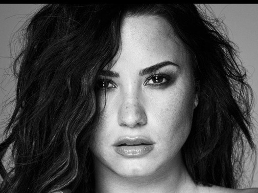 THROWBACK ALBUM: DEMI LOVATO | TELL ME YOU LOVE ME (DELUXE EDITION)