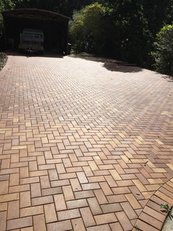 Claypave driveway in Federal