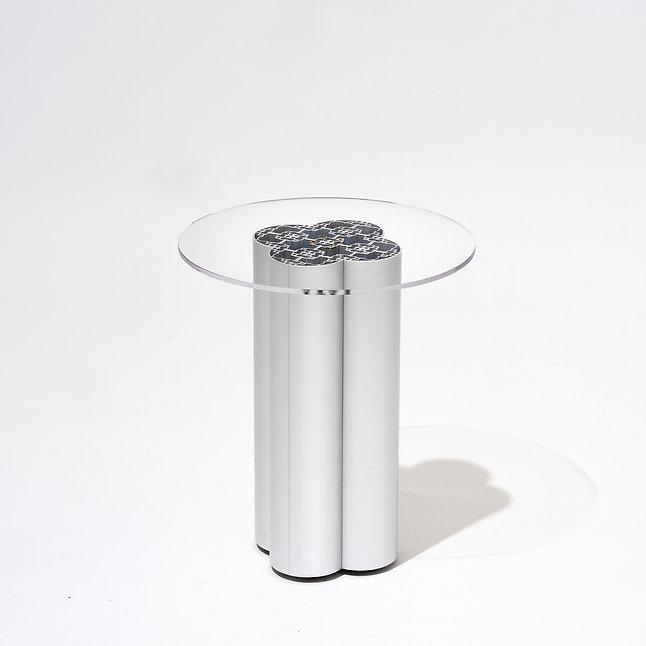 테이블.jpg