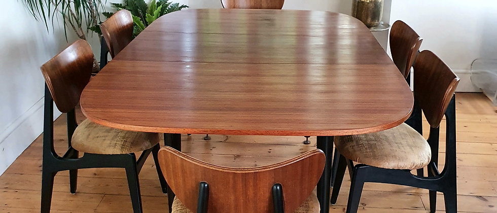 G Plan Librenza Dining Table and Six Butterfly Chairs