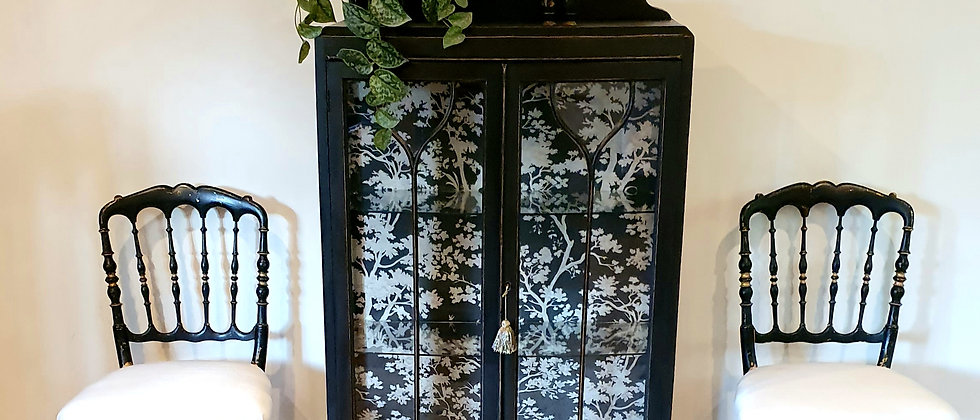 Elegant Antique Display Cabinet Featuring Casadeco Fontainebleau Wallpaper