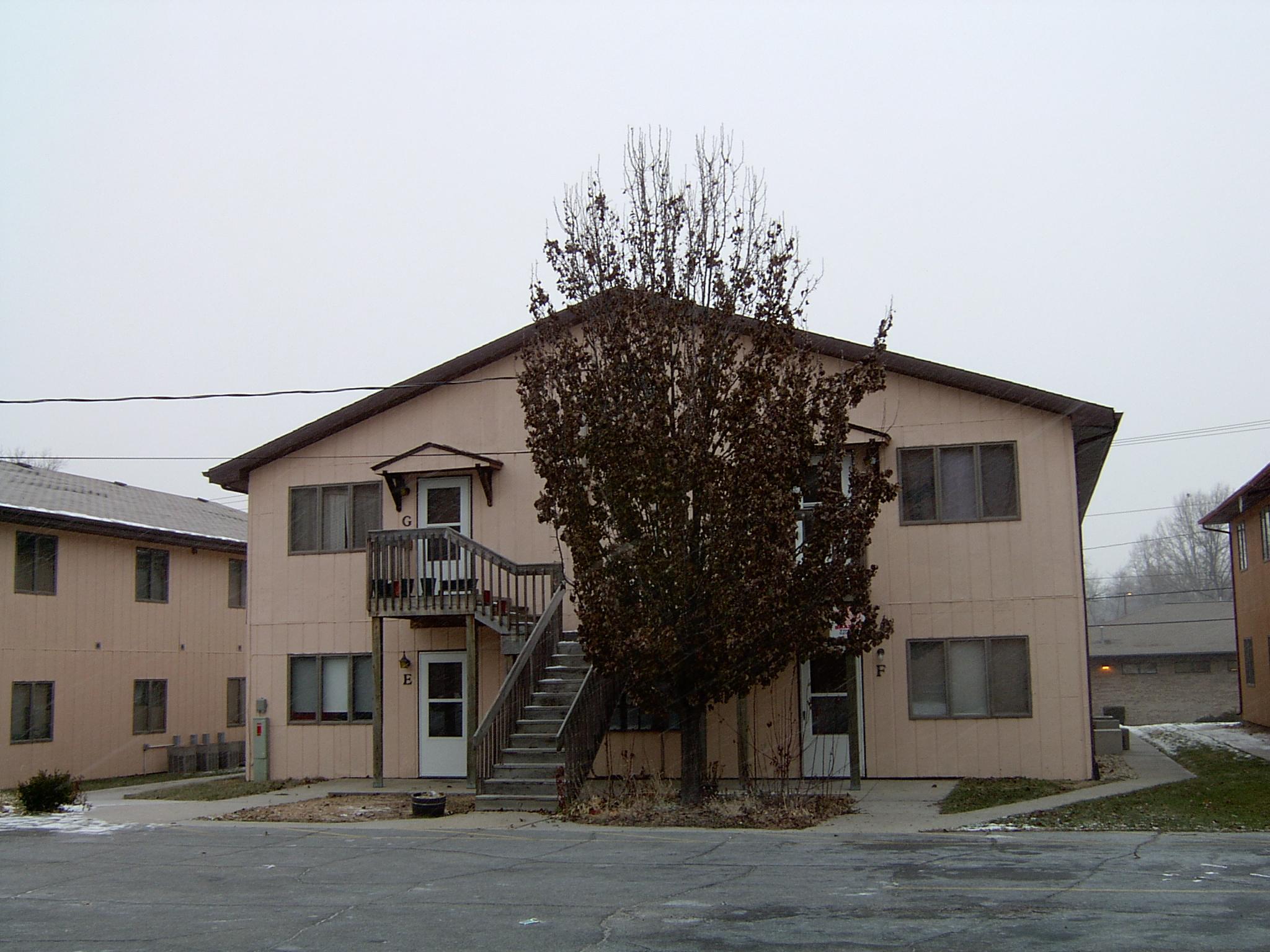 2005-1657-4P.JPG