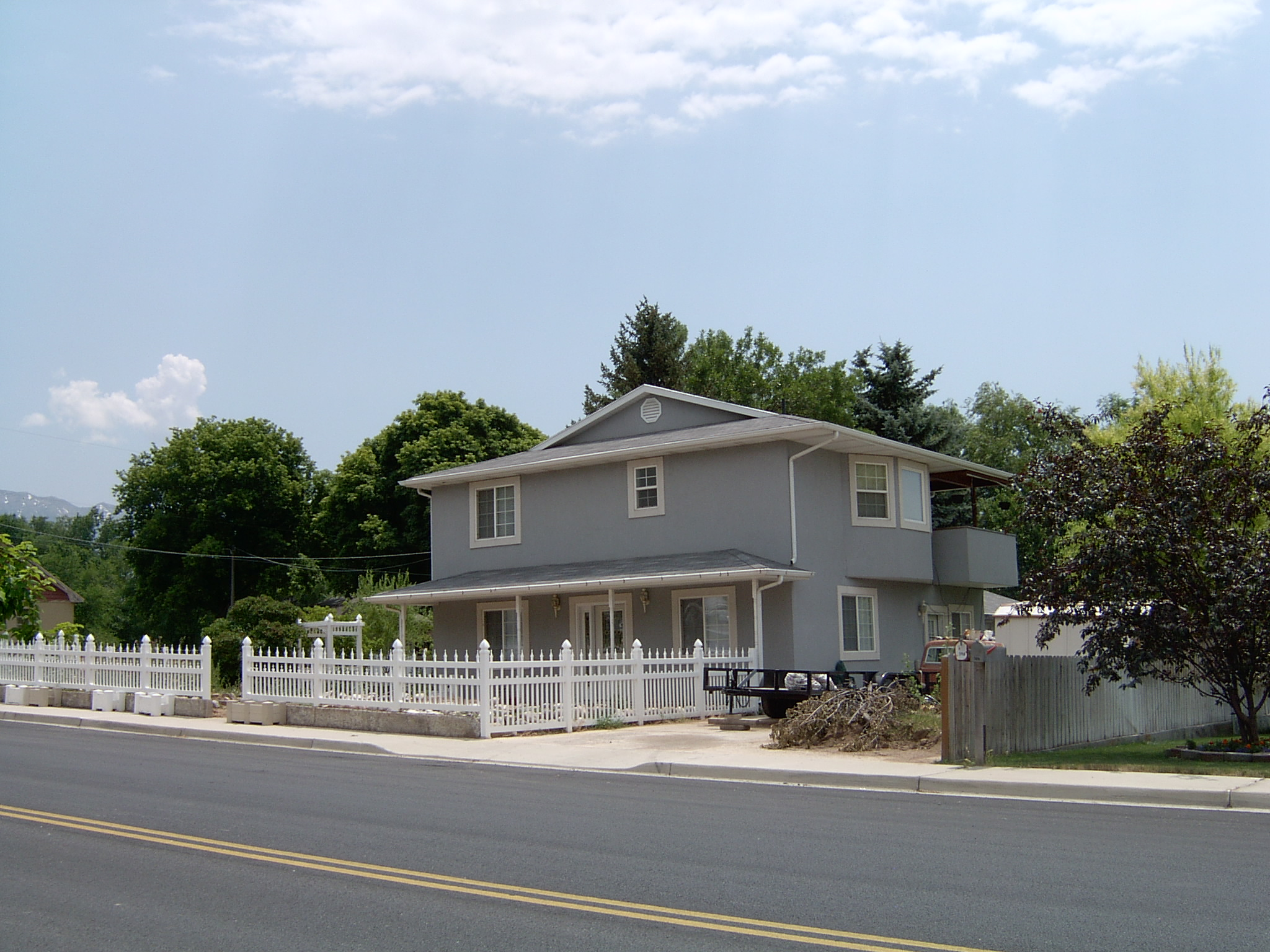 2005-1577P.JPG