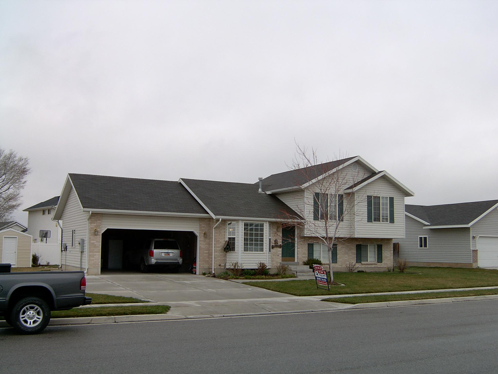 2003-1271P.JPG