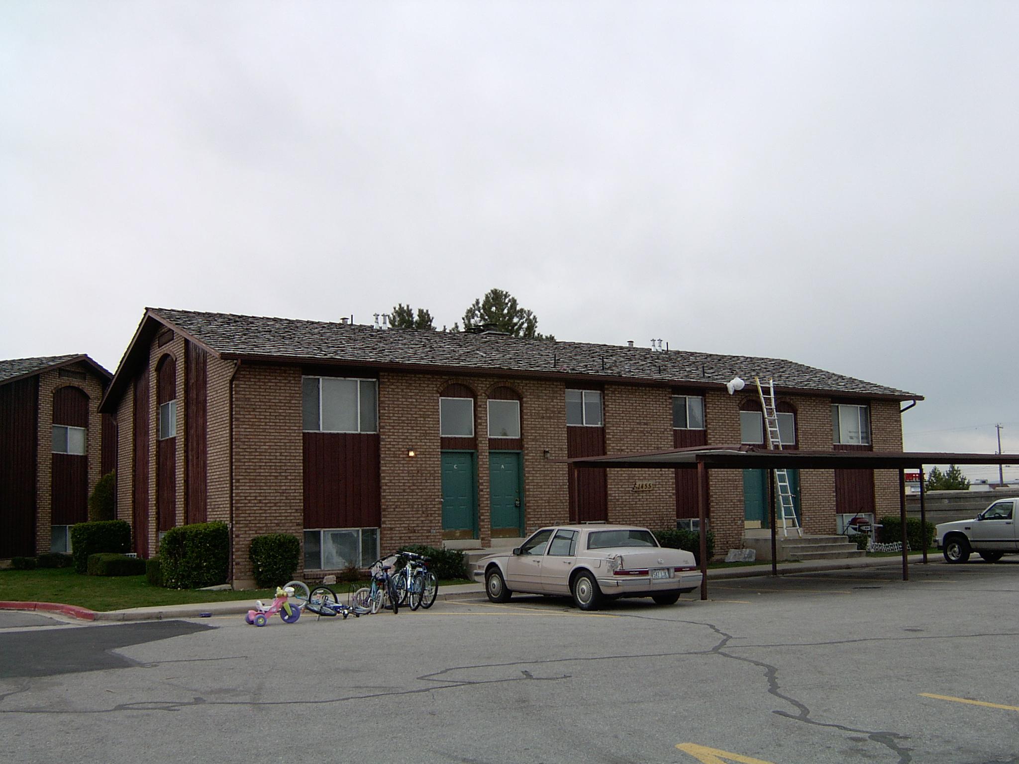 2005-1513P.JPG