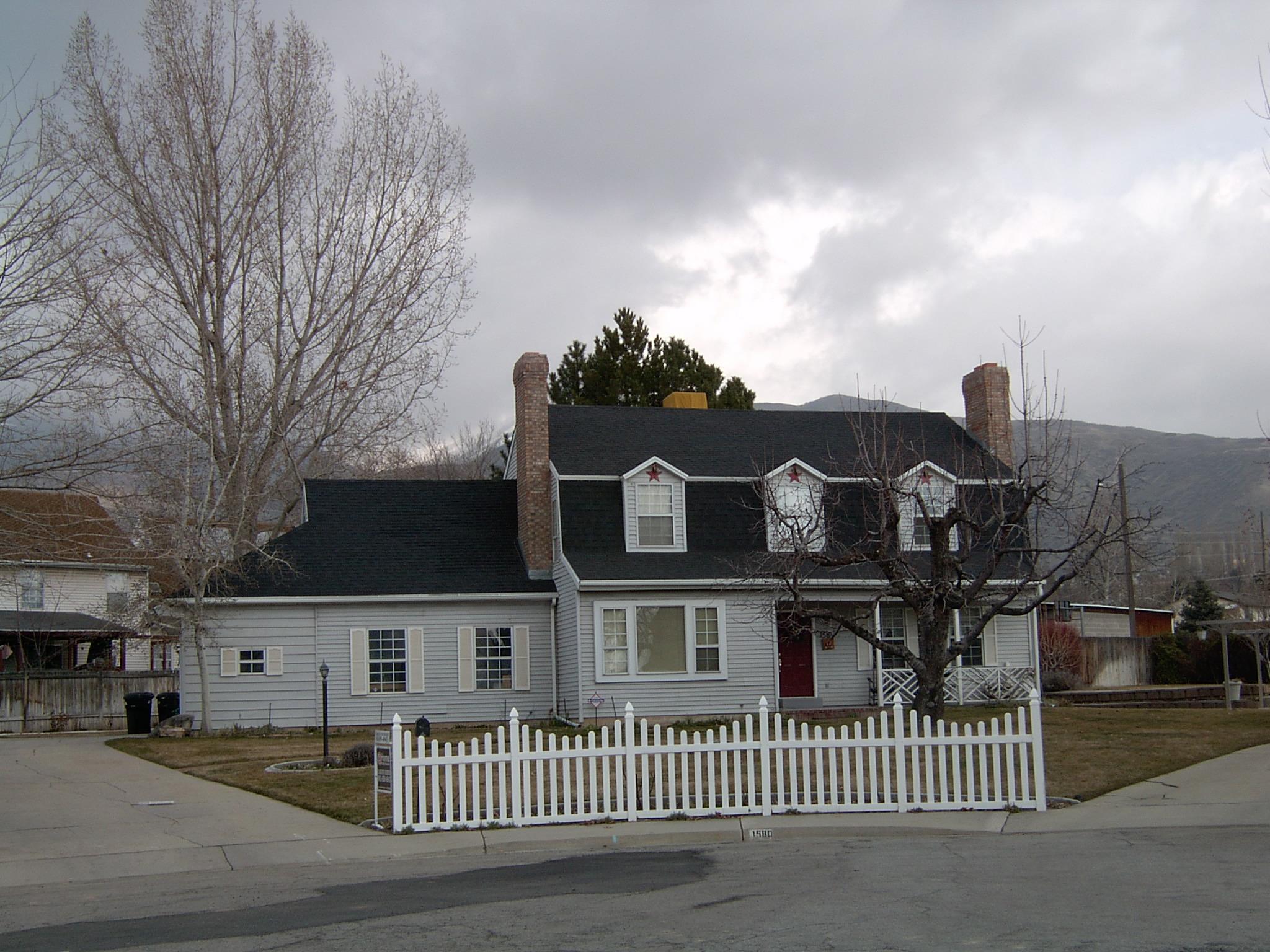 2005-1494P.JPG