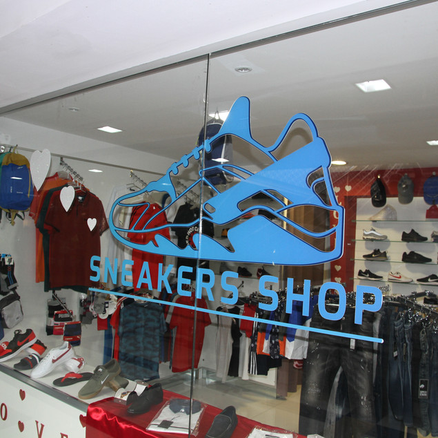 Deco Design - Sneakers Shop