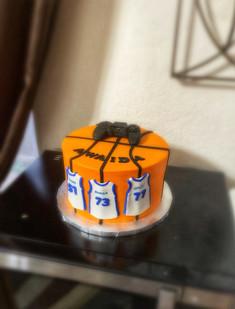 Mavs themed Cake.jpg