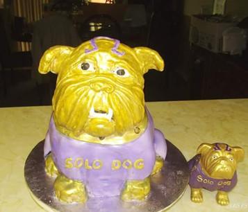 3D Q Dog cake