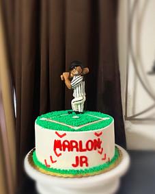 Baseball Pitcher themed cake.JPG