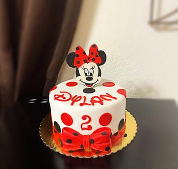 Minnie Mouse themed cake.JPG