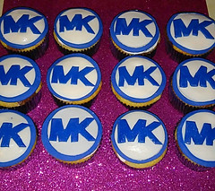 Michael Kors Themed Cupcakrd
