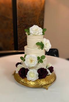 RUSTIC TIERED WEDDING CAKE