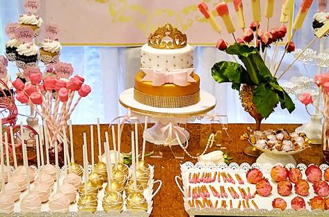 Golden Crown Cake