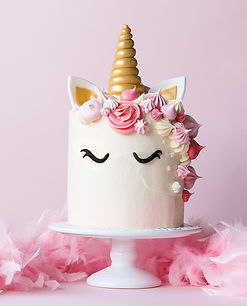 Unicorn%20cake%20with%20pink%20frosting%