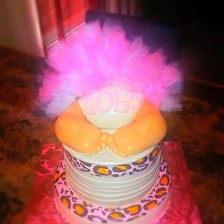 BABY BOTTOM CAKE with tulle tutu