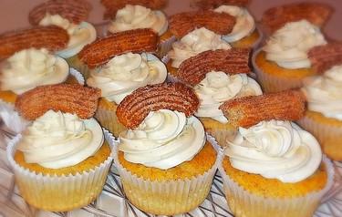 Cinnamon Churro Cupcakes