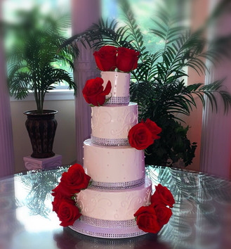 Traditional Tiered Wedding Cake w.scroll