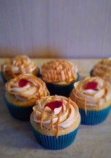 Peanutbutter & Jelly Cupcakes